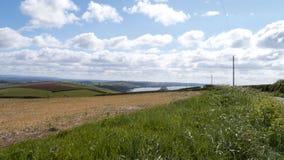 Frühlingslandschaft u. Himmel, Cornwall, Großbritannien Lizenzfreies Stockfoto