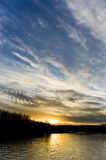 Frühlingssonnenuntergang in meiner Stadt Lizenzfreie Stockfotografie