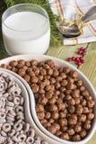 Frühstück auf dem Tisch Stockfoto