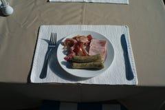 Frühstück auf Tabelle Lizenzfreies Stockbild