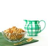 Frühstück des Getreides und der Sahne Stockfoto