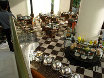 Frühstück im Hotel Lizenzfreie Stockbilder