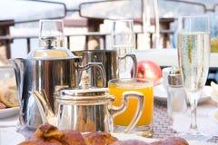 Frühstück mit Champagner stockfoto