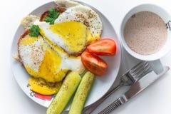 Frühstück und Kaffee mit Milch Stockfotos