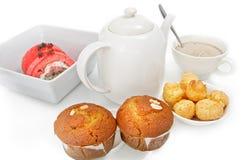 Frühstückpastete, die Choux, Fruchtkuchen, Bananenkuchen ist Stockfotografie