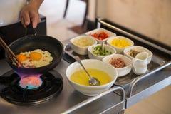 Frühstücks-Omelett, Omelette, kochend, Lebensmittel Stockfoto