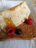 Frühstücksdiät mit Brot lizenzfreie stockfotografie