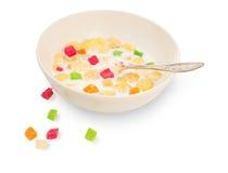 Frühstückskost aus Getreide mit Milch und kandierter Frucht Lizenzfreies Stockbild