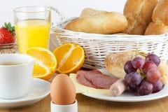 Frühstückstisch Lizenzfreies Stockbild