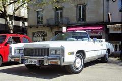 För en vit Cadillac eldorado 1970 Arkivfoton