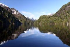 för monumentnational för fjords dimmig reflexion Royaltyfri Fotografi