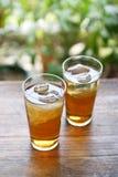 för mugichaserving för korn kall tea Arkivfoto
