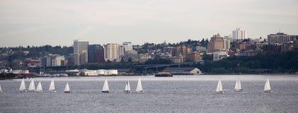 För Puget Sound Dpwntown för fjärd för segelbåtregattaavslutning taco stad Royaltyfri Fotografi
