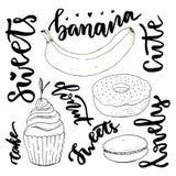 För sötsakklotter för vektor hand dragen uppsättning Vektorn skissar sötsaker - muffin, munk, makron och banan med modern bokstäv Arkivfoto