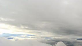 Fra le nuvole. Lasso di tempo video d archivio