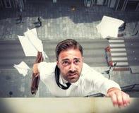 Fracaso de un hombre de negocios debido a la crisis Fotos de archivo