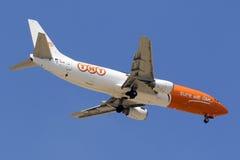 Fracht 737 auf Endanflug Stockfotografie