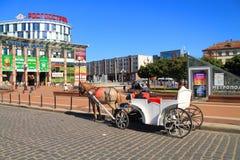 Fracht na zwycięstwo kwadracie w Kaliningrad, miasto krajobraz w pogodnym letnim dniu Zdjęcia Stock