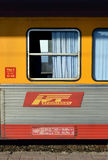 Fracht Regiotrans pociąg w Gar De Nord, Bucharest, Rumunia Obrazy Stock