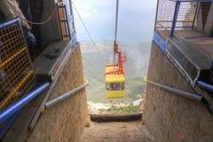 Fracht ropeway na góry Ð  Ð ¹ - ПÐΜÑ 'ри Obrazy Stock