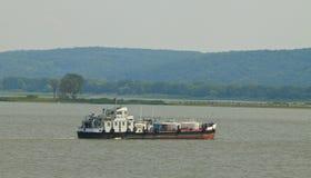 Frachtboot Lizenzfreie Stockbilder