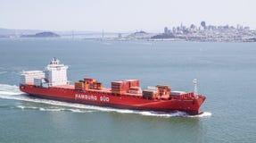 Frachtcontainerschiff, ¼ d Hamburgs SÃ Stockfotografie