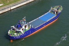 Frachter auf Kiel-Kanal Stockbild