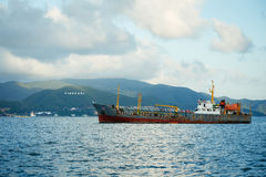 Frachtschiff im chinesischen Südmeer Stockfoto