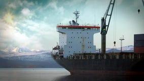 Frachtschiff verankert im Süden stock footage