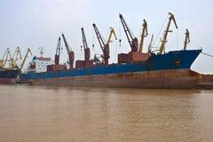 Frachtschiffe Stockfoto