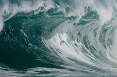 Fractura de la onda de la resaca Foto de archivo libre de regalías