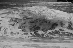 Fractura potente de la onda Fotos de archivo libres de regalías