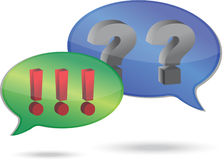 Frage und Ausrufsmarkierungen in den Spracheluftblasen Stockbild