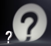 Fragezeichen und Schatten Stockbilder