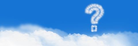 Fragezeichen Wolken-Ikone mit Himmel lizenzfreie stockfotos