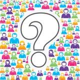 Fragezeichensymbol mit in Gruppe von Personen Stockfoto