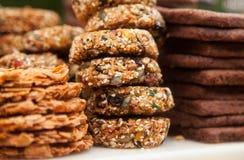 Fragile et biscuits d'arachide image stock