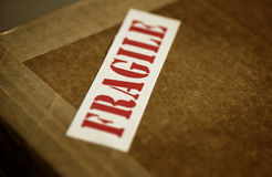 Fragile sign on box Royalty Free Stock Photos