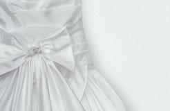 Fragment av bröllopsklänningen Royaltyfria Bilder
