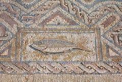 Fragment av den forntida religiösa mosaiken i Kourion, Cypern arkivfoton