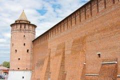 Fragment av den Kremlin väggen, stad Kolomna Royaltyfri Fotografi