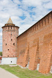 Fragment av den Kremlin väggen, stad Kolomna Royaltyfri Bild