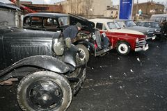 Fragment av den retro gamla bilen GAZ - motorförbundet, den berömda `-polutorka`en, bilen av det andra världskriget WW2 - USSR 19 Royaltyfria Foton