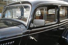 Fragment av den retro gamla bilen Volga GAZ - A - den första passagerarebilväxten - USSR 1930 Royaltyfria Bilder