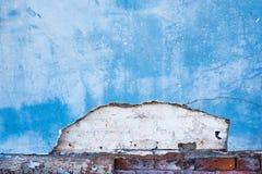 Fragment av en gammal vägg med förstörd murbruk Royaltyfri Fotografi