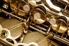 Fragment av saxofonen Royaltyfri Foto