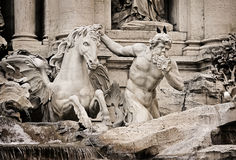 Fragment av Trevi-springbrunnen (Fontana di Trevi) Arkivbilder