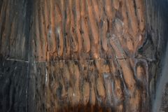 Fragment av väggen i kloster av Khor Virap i Armenien som skrapas med fingrar av be kvinnor i religiös extas fotografering för bildbyråer