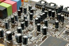 Fragment d'un estamper-circuit-panneau d'ordinateur Photographie stock libre de droits