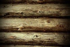 Fragment d'un mur en bois de maison Image stock